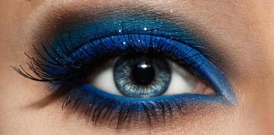 ffca396b3 5 nejlepších make-up triků, jak zvýraznit modré oči